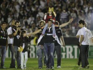 Juninho Pernambucano demonstra motivação - Vasco Notícias f791fc0685df4