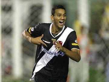 6639964d49 Souza consegue liberação para se recuperar no Vasco
