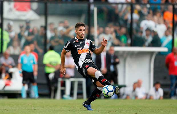 e8e6e570b3 Andrey é sondado por clubes do exterior e pode deixar o Vasco ...