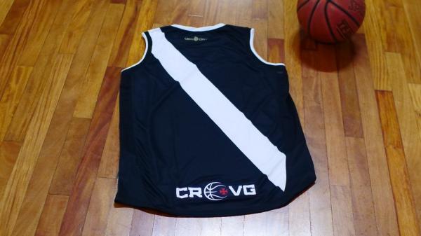 3291e1d68b90c Basquete  Vasco divulga camisas feitas pela Diadora e torcedores ...