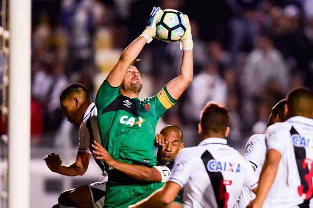 Martín Silva (Ponte Preta 0 x 0 Vasco)