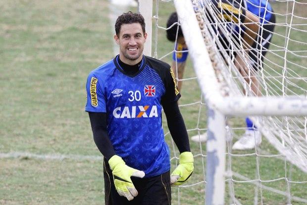 ebfdebe990757 Martín Silva continua no Vasco