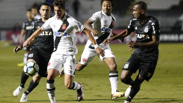 Mateus Vital (Ponte Preta 0 x 0 Vasco)