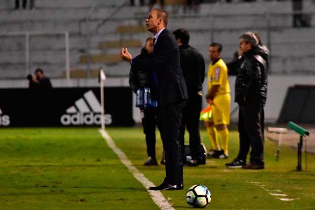 Milton Mendes (Ponte Preta 0 x 0 Vasco)
