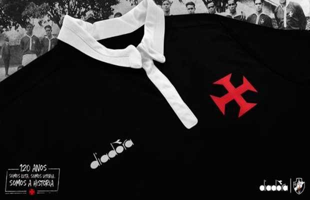 14d92fdab9 Vaza foto da suposta terceira camisa do Vasco fabricada pela Diadora ...