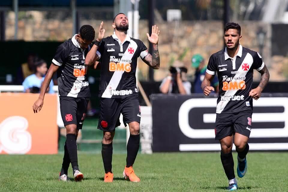 Castan em jogo contra o Fluminense em 2019
