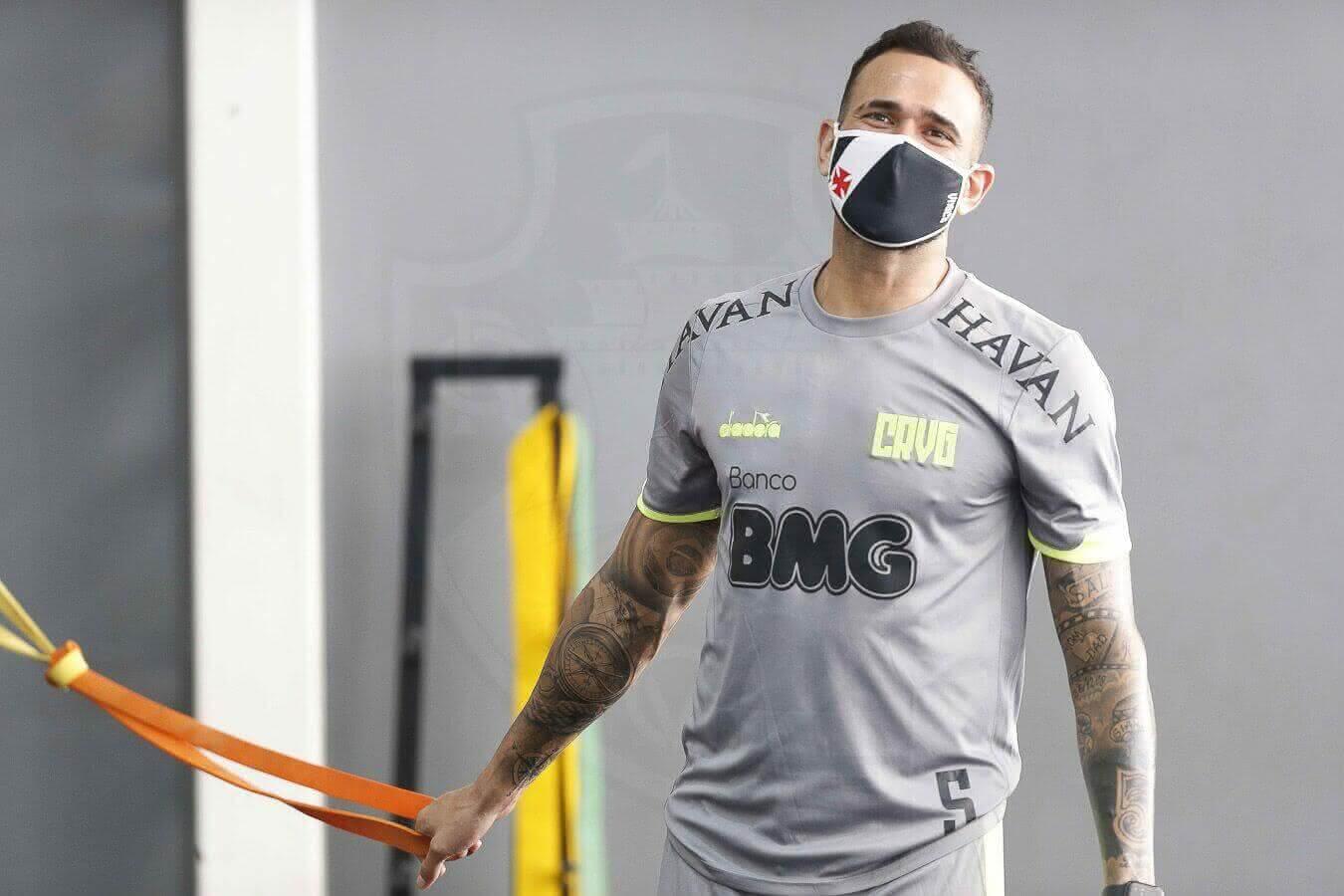 Castan durante treino do Vasco