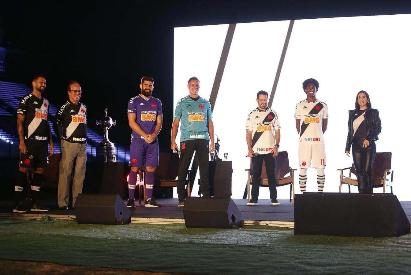 Novos uniformes do Vasco