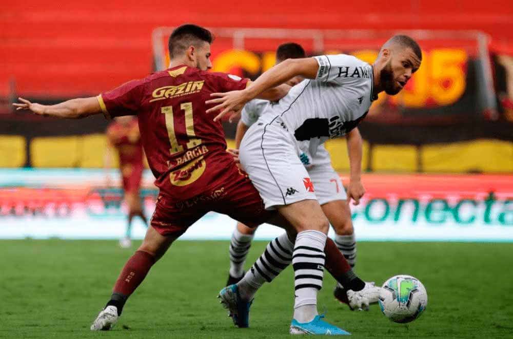 Marcelo Alves em jogo contra o Sport
