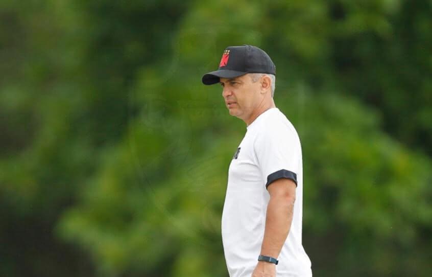 Alexandre Grasseli no treino do Vasco