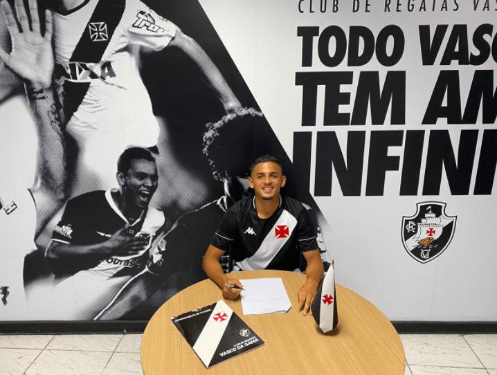 Vasco contrata meia Marcondes Alves para o Sub-20
