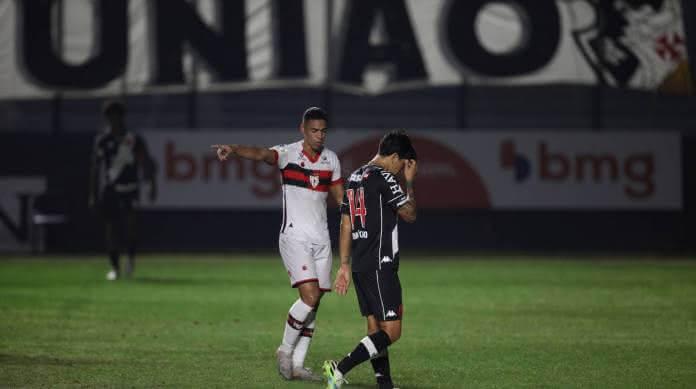 Vasco da Gama perde de virada para o Atlético-GO