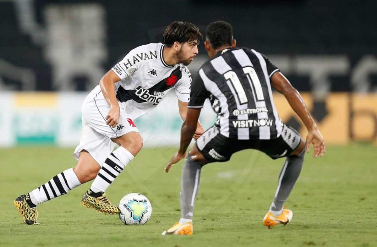 Martín Benítez em jogo contra o Botafogo