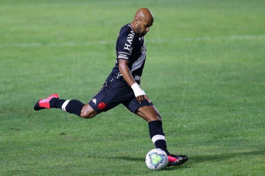 Fellipe Bastos em ação pelo Vasco em 2020