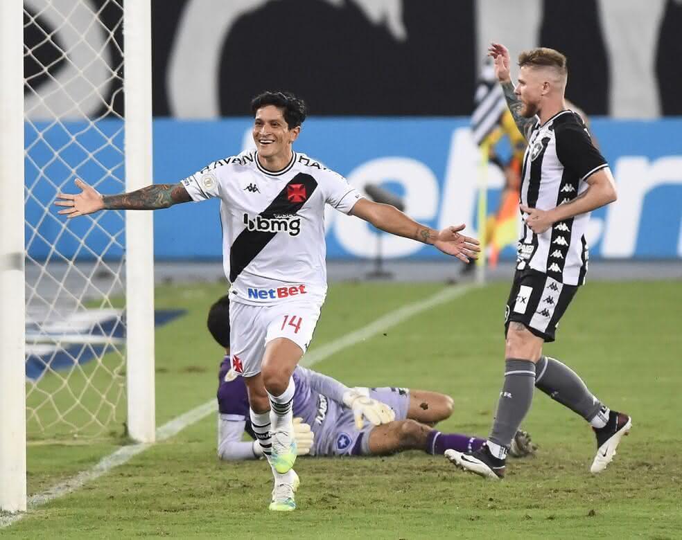 Germán Cano comemorando gol contra o Botafogo