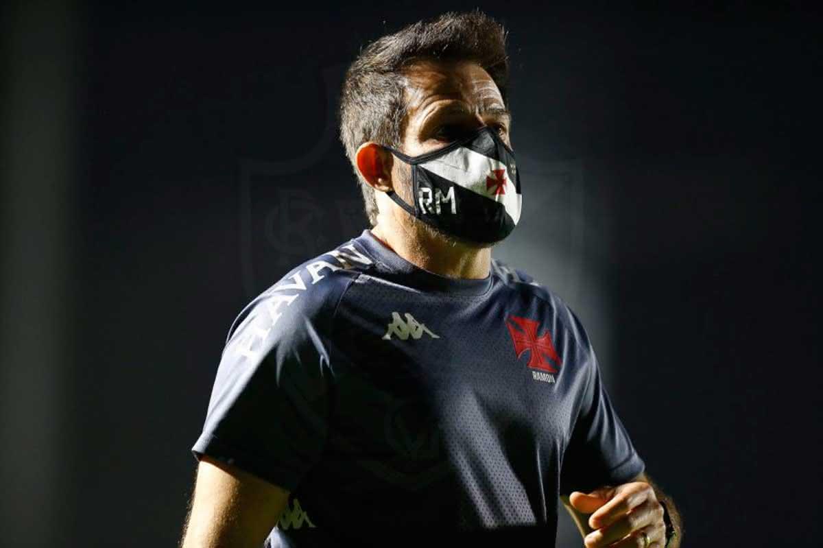Ramon Menezes durante o jogo contra o Atlético-GO