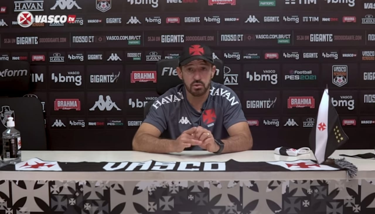 Ramon Menezes, técnico do Vasco da Gama