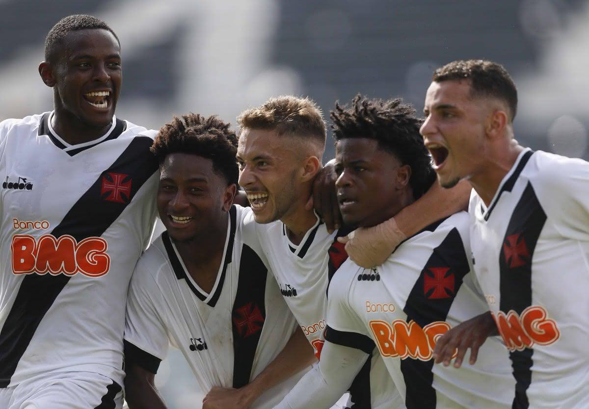 Ulisses, Cayo Tenório, Caio Lopes, Lucas Santos e Bruno Gomes