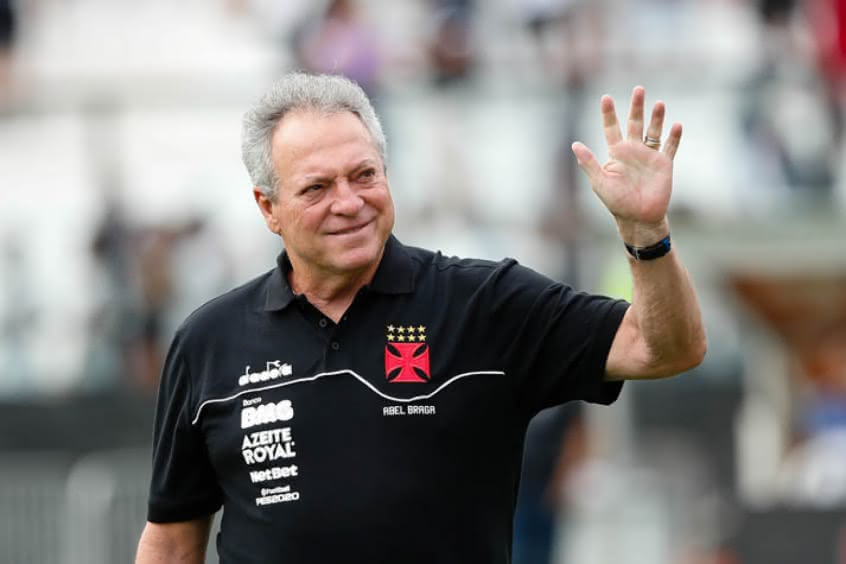 Abel Braga durante sua passagem como técnico do Vasco