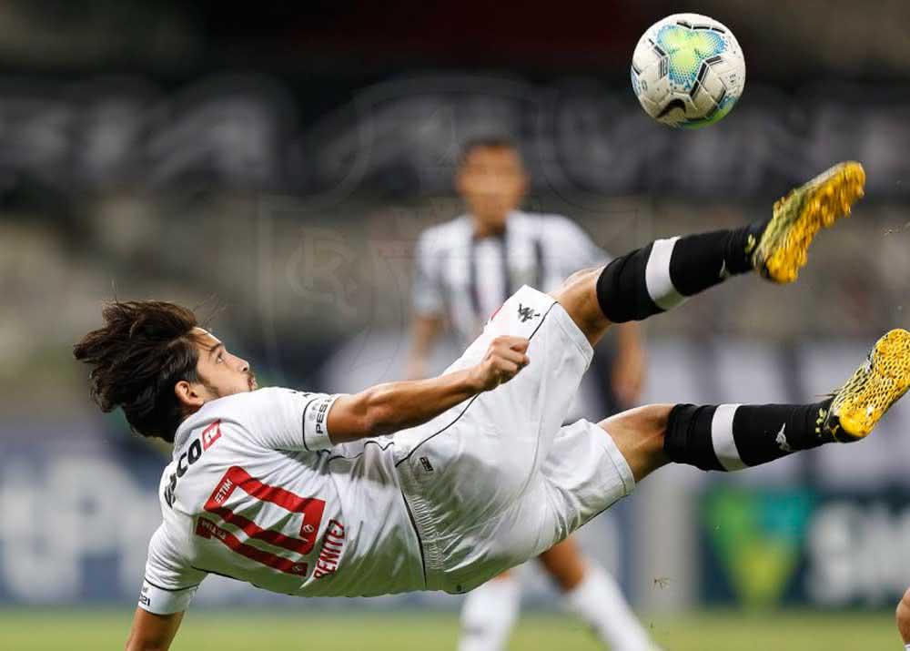 Martín Benítez marcou o gol do Vasco contra o Atlético-MG