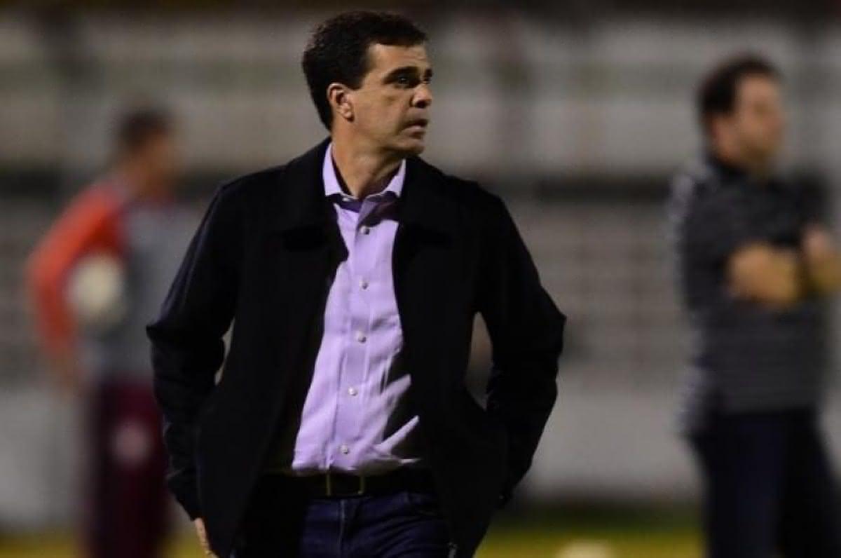 Júnior Lopes é auxiliar do Vasco desde abril de 2020