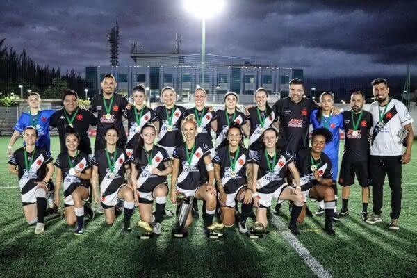 Meninas do futebol 7 do Vasco da Gama