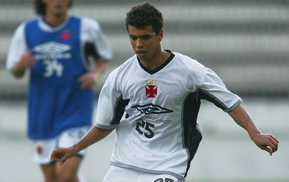 Coutinho em sua época de jogador do Vasco