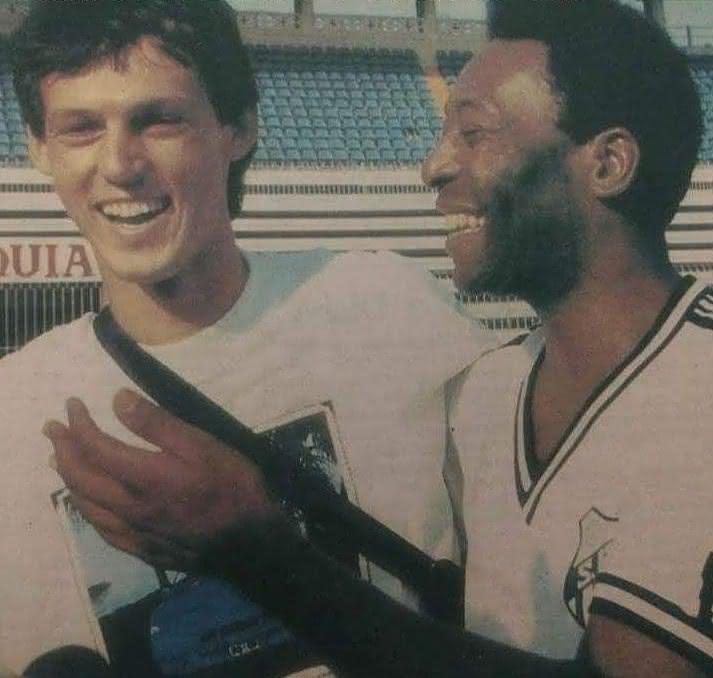 Sorato e Pelé em São Januário em 1990