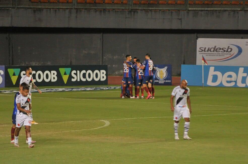 Vasco perde para o Bahia por 3 x 0