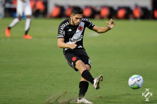 Andery em ação na partida contra o Ceará