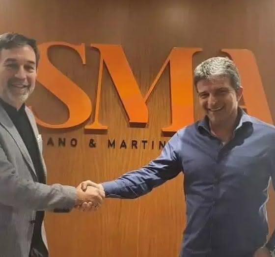 Empresário de Benítez e Leven Siano