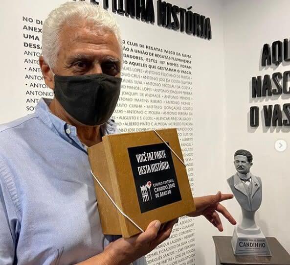 Roberto Dinamite no Centro Cultural Cândido José de Araújo
