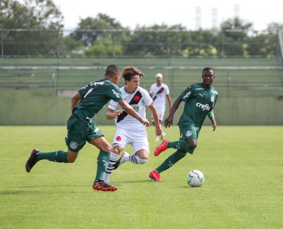 Matias Galarza durante Vasco x Palmeiras pelo Sub-20