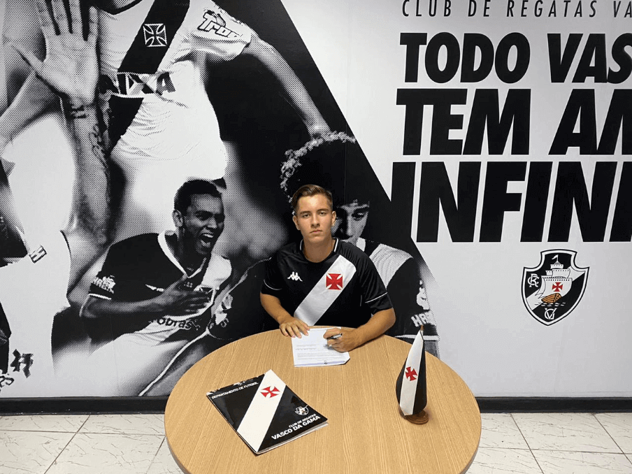Luís Felippe, lateral-esquerdo da equipe sub-14 do Vasco (Foto: Divulgação/Vasco)