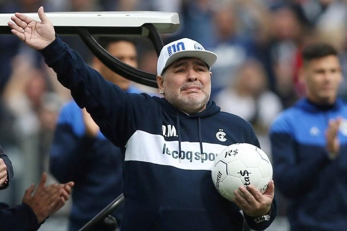 Maradona morreu após parada cardiorrespiratória