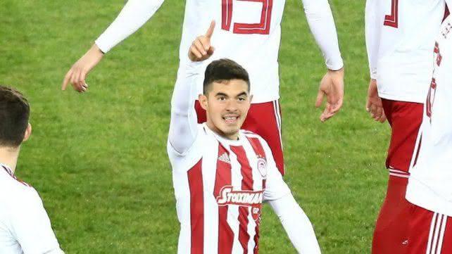 Maximiliano Lovera, atacante do Olympiacos-GRE