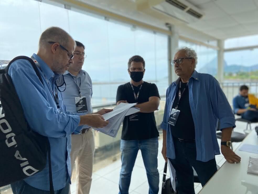 Roberto Monteiro e Mussa na Sede do Calabouço