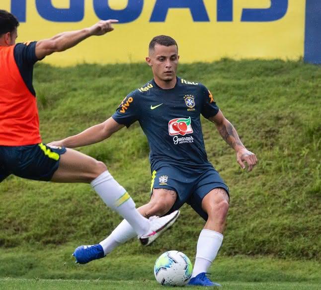 Bruno Gomes treinando com a seleção brasileira sub-20