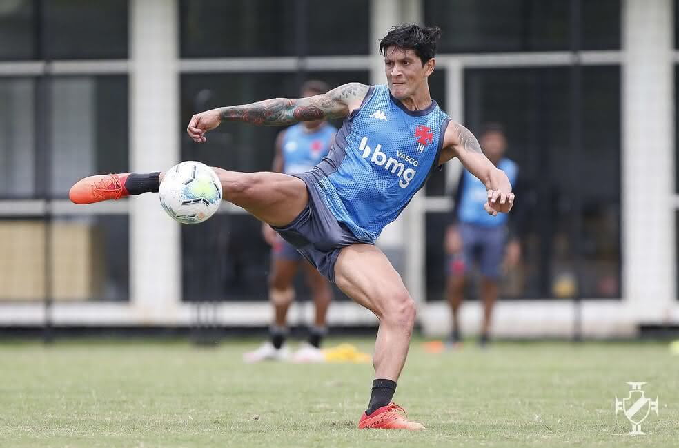 Germán Cano durante treino do Vasco