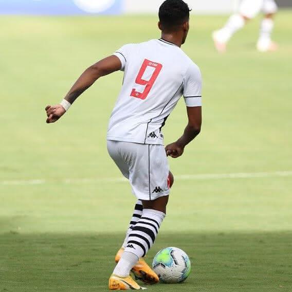 Laranjeira, meia-atacante do Vasco