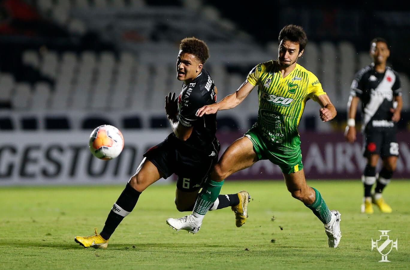 Neto Borges durante o jogo contra o Defensa y Justicia