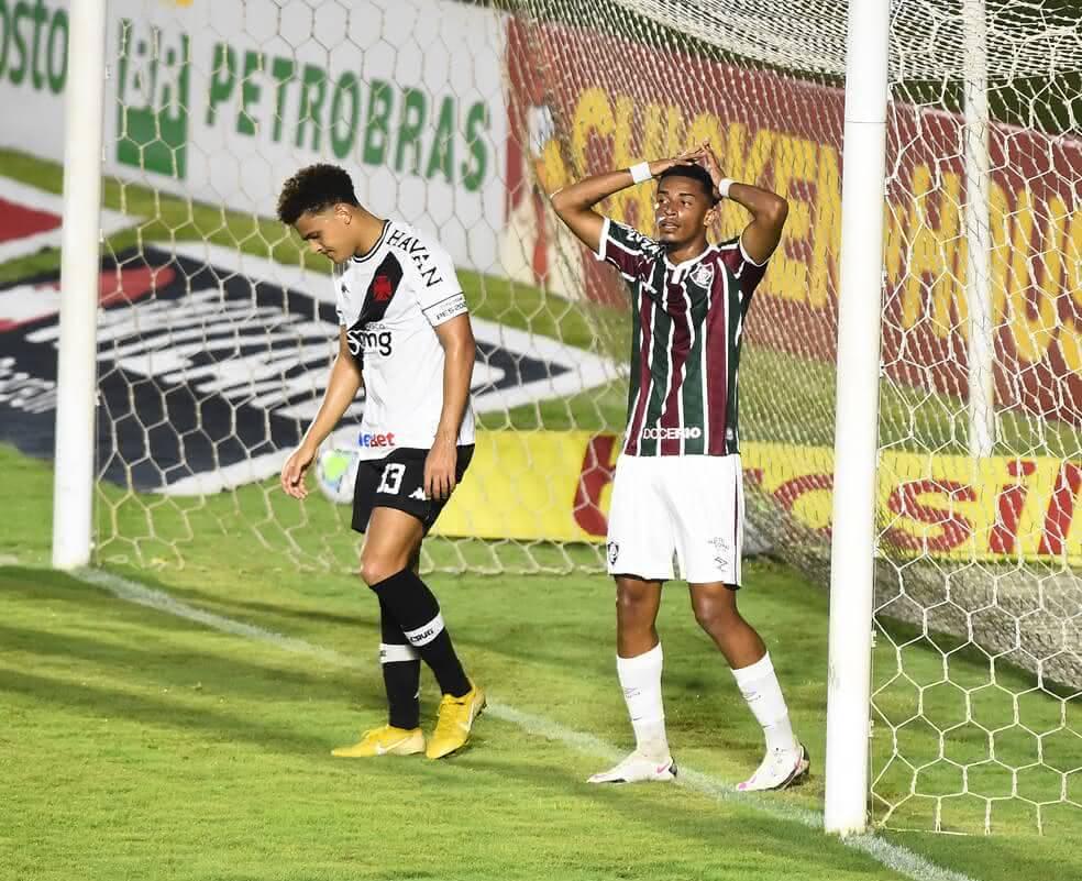Neto Borges em jogo contra o Fluminense