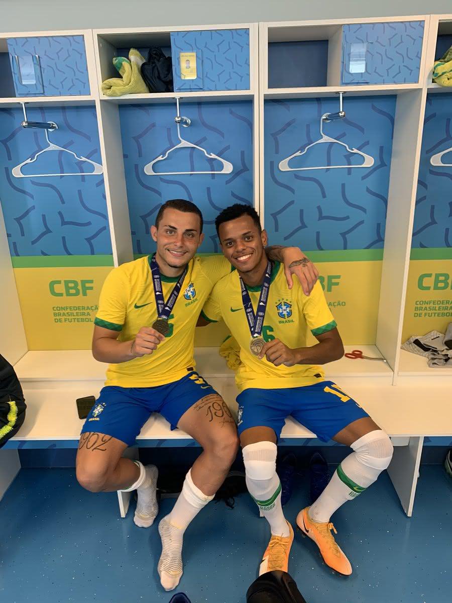 Riquelme e Bruno Gomes foram campeões pela Seleção Sub-20