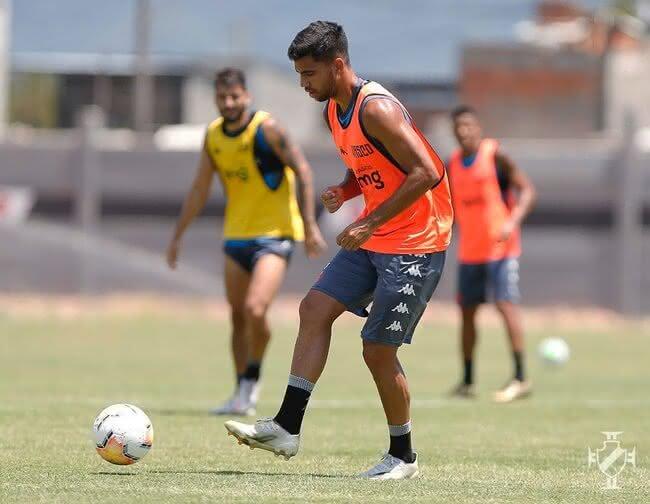 Tiago Reis, no treino do Vasco da Gama (Foto: Rafael Ribeiro/Vasco)