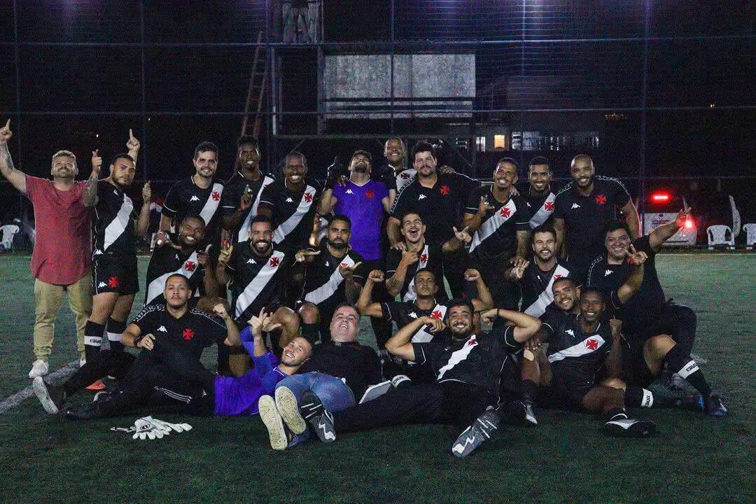 Jogadores do futebol 7 do Vasco comemorando classificação à final do 2º turno do Carioca 2020 (Foto: Marlon Goulart)