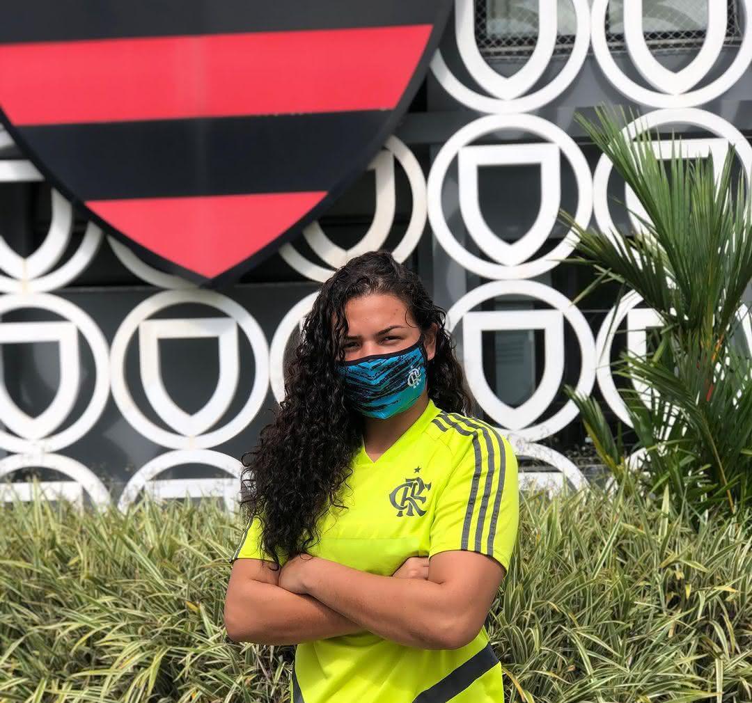 Yasmin Lima acertou com o Flamengo