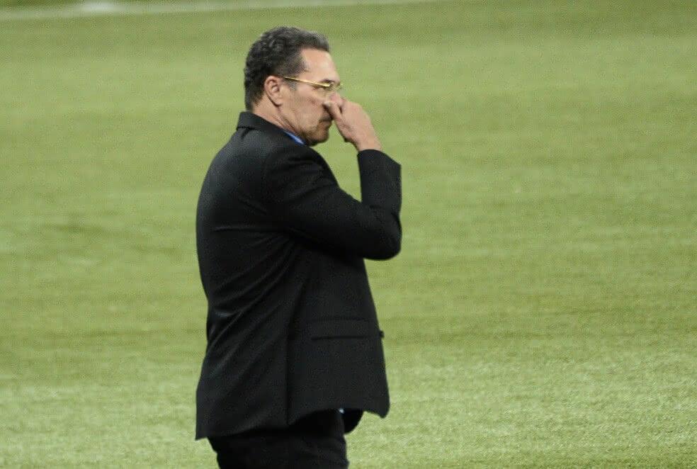 Vanderlei Luxemburgo durante o jogo contra o Palmeiras