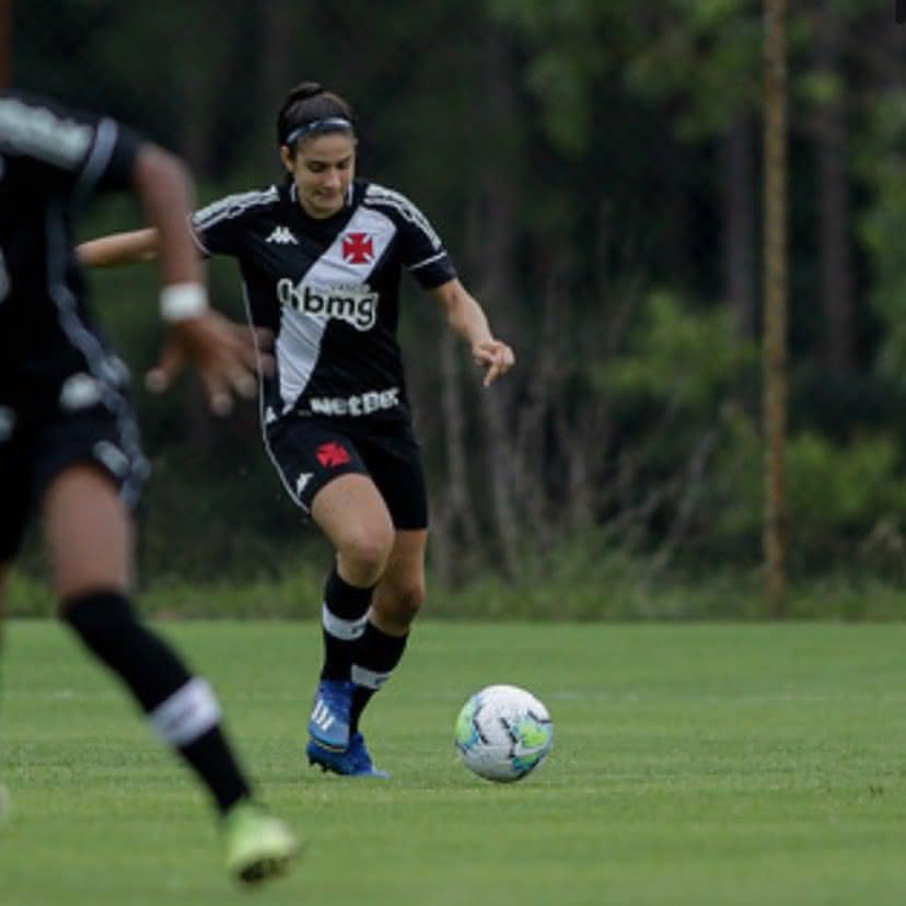 Isabella Rangel em ação pelo Vasco