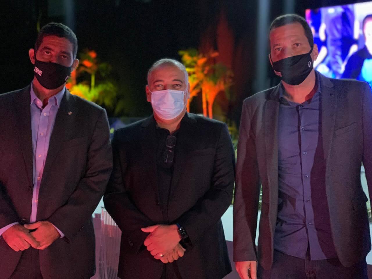 Luiz Mello, presidente da Record, Fabiano Freitas, e Vitor Roma