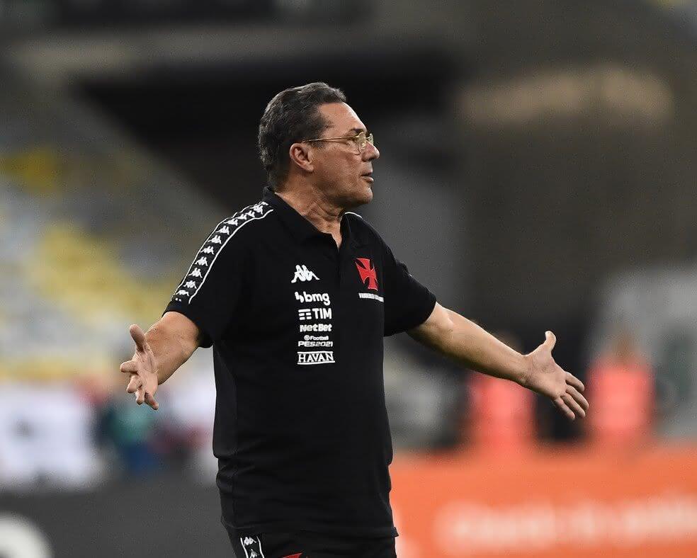 Vanderlei Luxemburgo durante Flamengo x Vasco